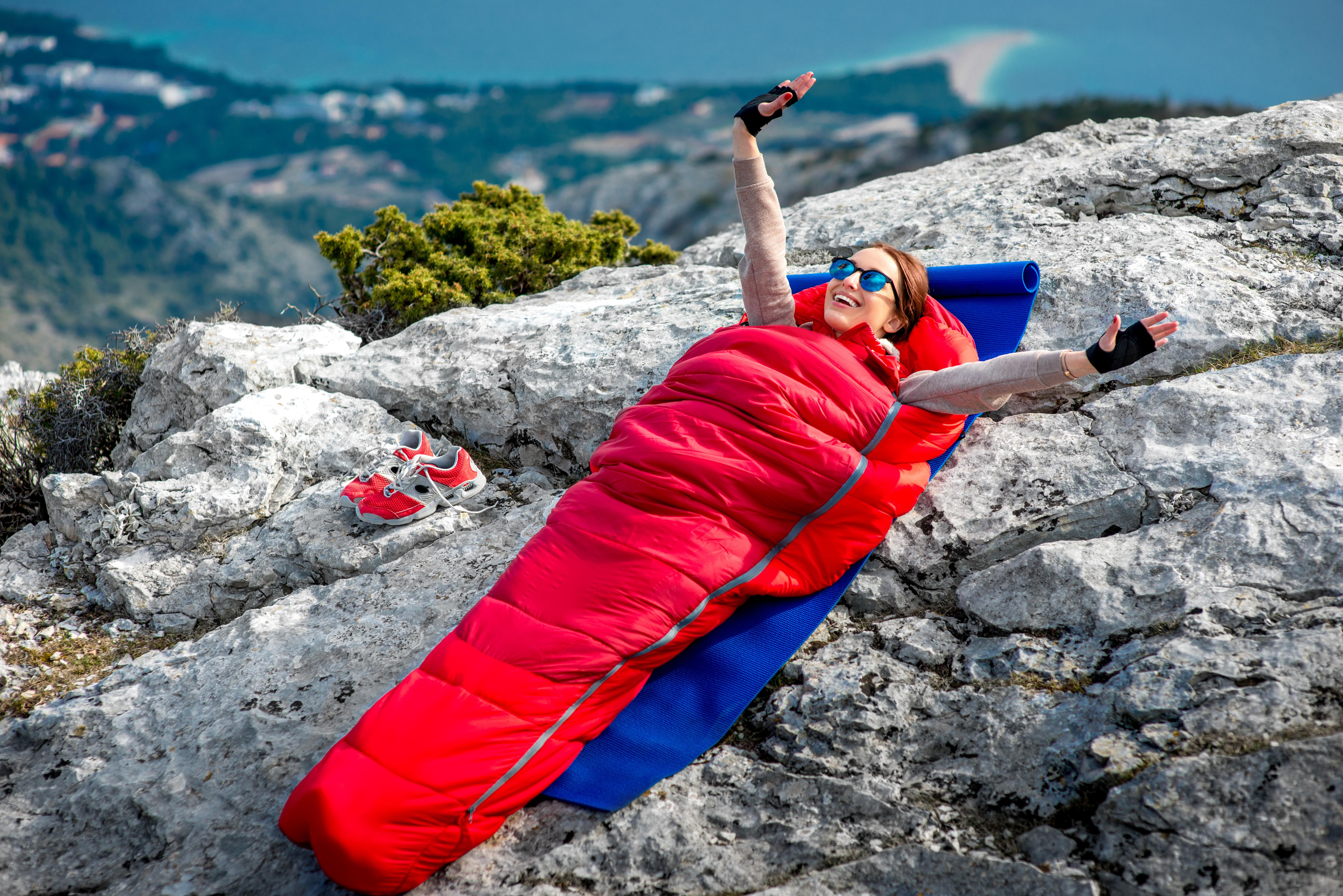Wybieramy śpiwór turystyczny!