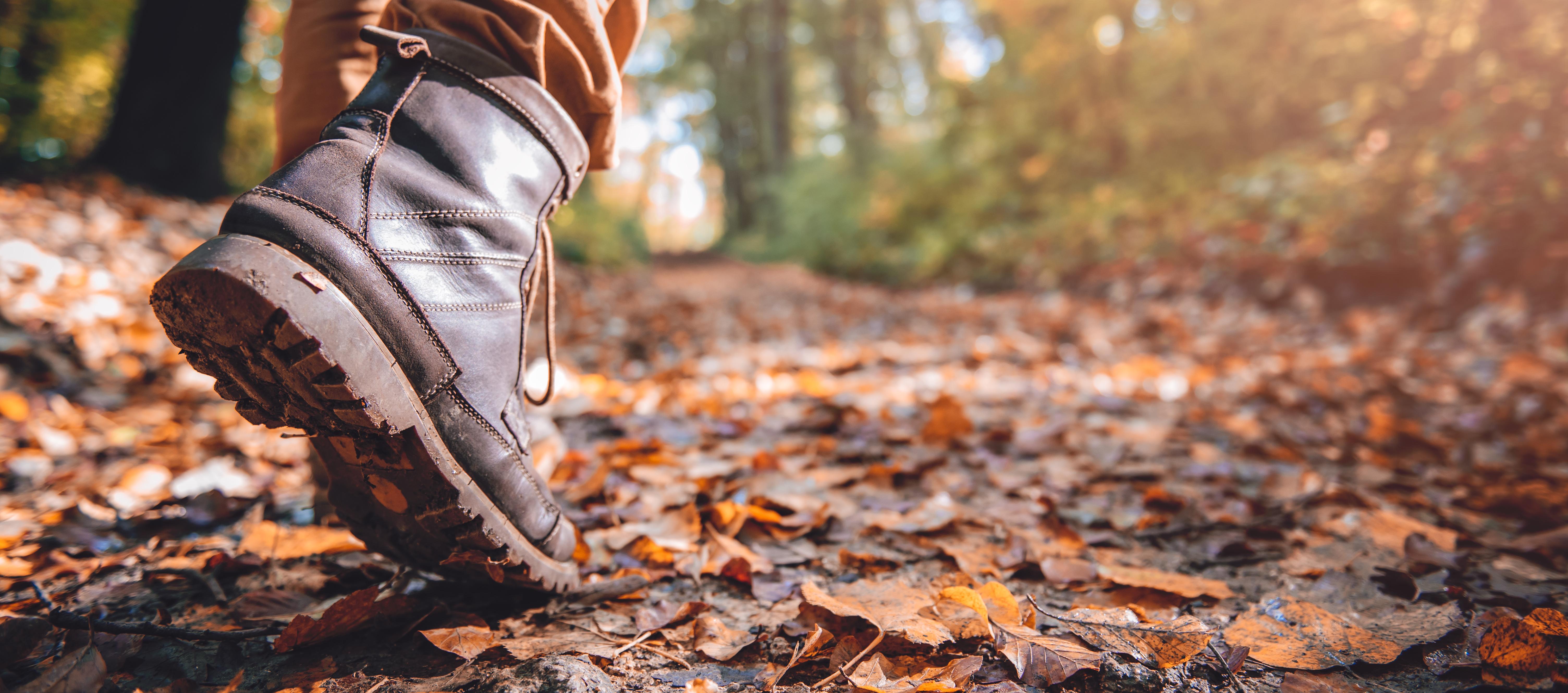 Buty męskie na zimę – jakie kupić, by nie przepłacić?
