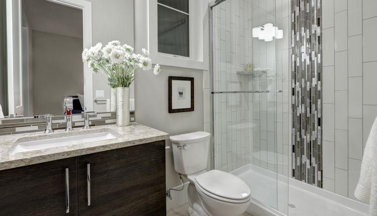 Wanna Czy Prysznic W Małej łazience Podpowiadamy Co Wybrać