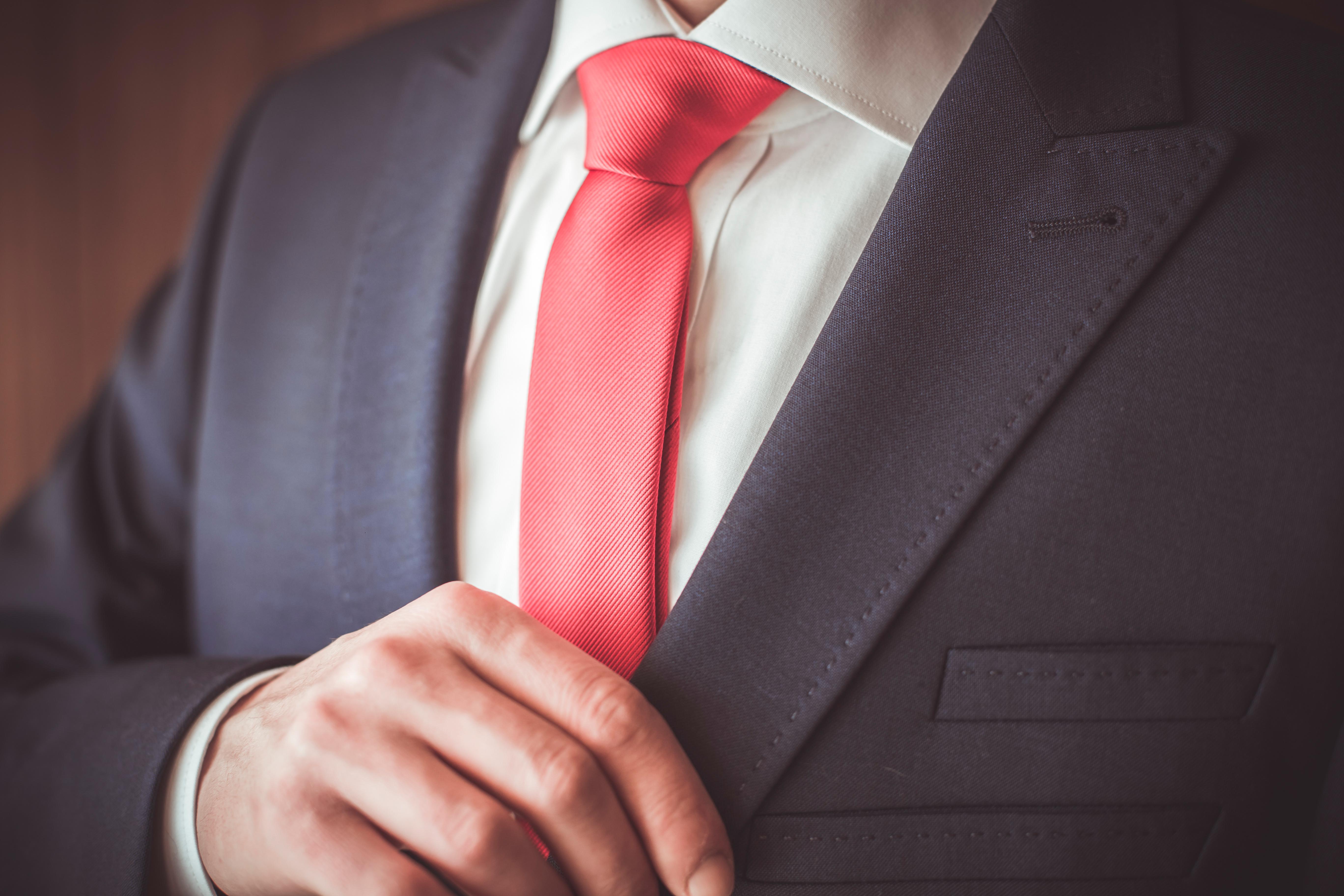 Jaki krawat dla mężczyzny?