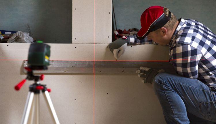 Poziomica laserowa – idealna podczas remontów!