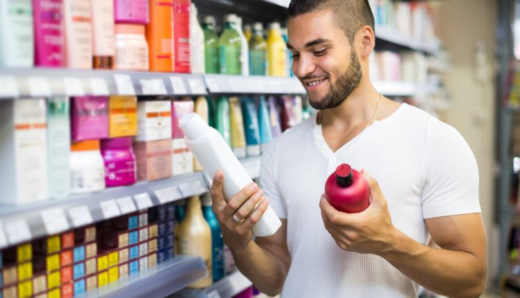 Jakie kosmetyki dla mężczyzn wybierać? Przegląd najpopularniejszych