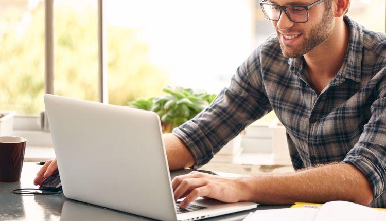 Laptop czy komputer stacjonarny?