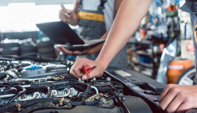 Narzędzia dla mechanika – jak wybrać?