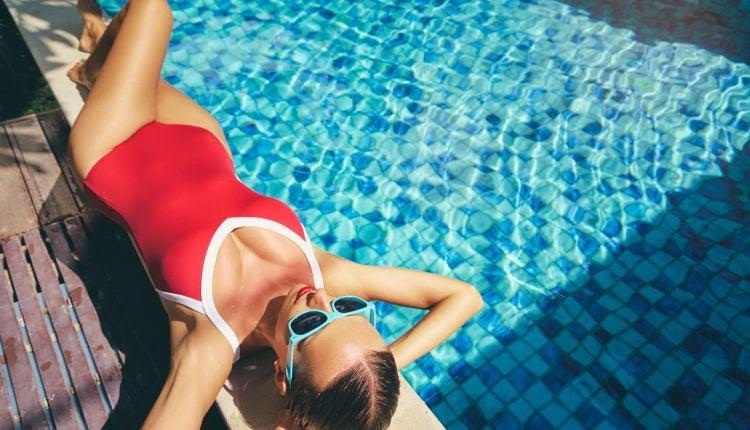 Strój kąpielowy jednoczęściowy – idealny na basen!