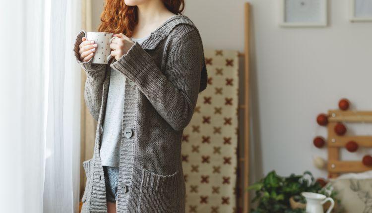 Sweter damski – wybieramy najmodniejsze modele na jesień i zimę 2018