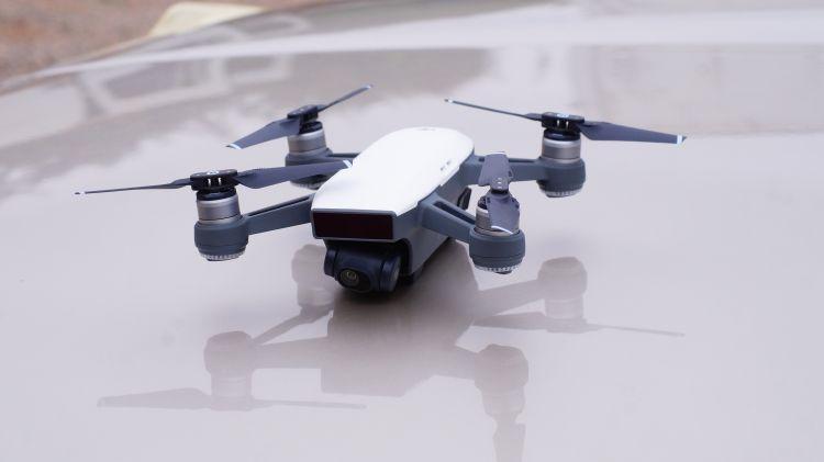 Jaki dron na początek 3 propozycje.jpg