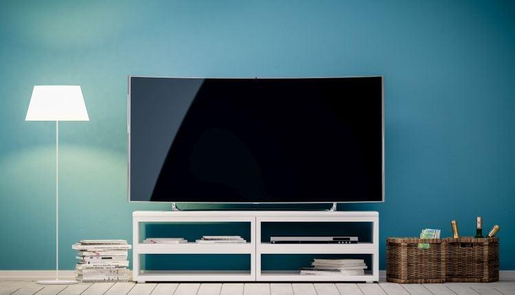 Jaki telewizor do 2000 zł.jpg